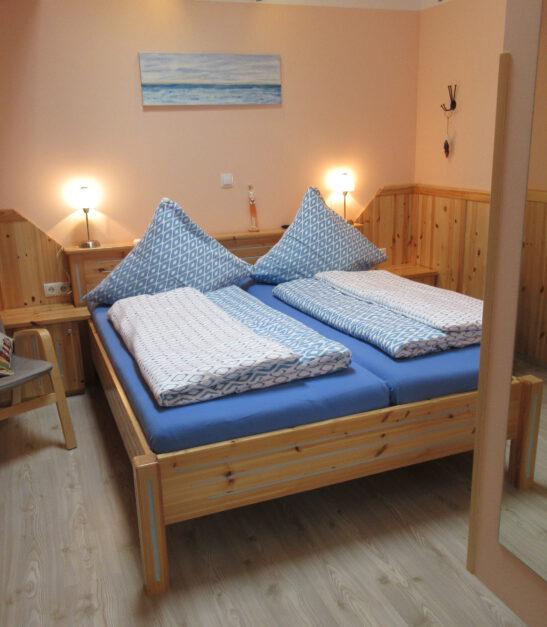 Schlafzimmer mit tollem Hochbett